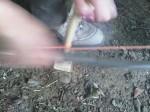 Survival Basis Lager Feuer mit dem Feuerbohrer